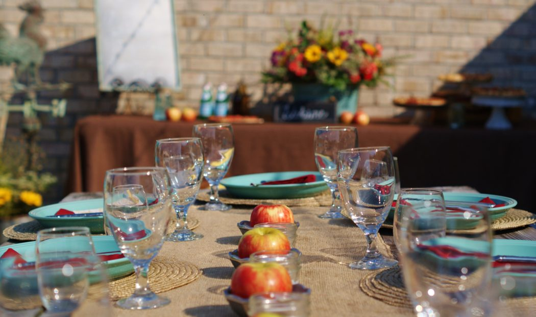 5 (Ahem… 6!) Secrets to Hosting A Fabulous Dinner Party