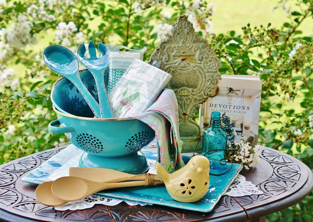 A Southern Discourse Porch Pretty Giveaway!