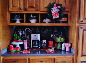Create a little magic for you family and guests this seaon with a cozy little hot chocolate bar.