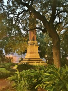 The top 5 free (or almost free) must-see's and do's for Savannah,GA. If you are a first time visitor, these are the things you don't want to miss!