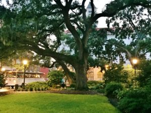 The top 5 free (or almost free) must-see's and do's for Savannah,GA, one of our bucket list Southern cities. If you are a first time visitor, these are the things you don't want to miss!