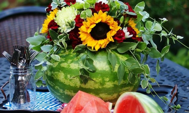 Easy Watermelon Centerpiece How-To