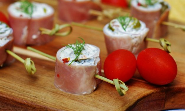 Ham & Dill Pickle Pinwheels with a Spicy Kick