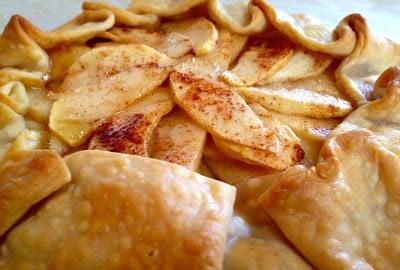 An apple Crostada makes apple pie for Thanksgiving dessert easy.