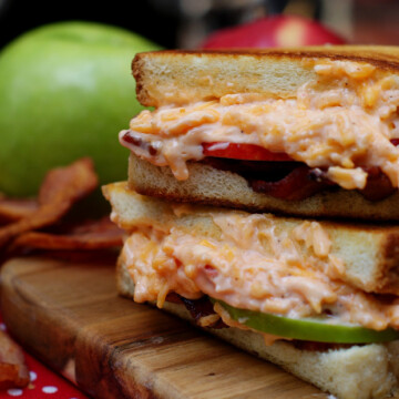 Grilled Pimento Cheese with Apples & Bacon