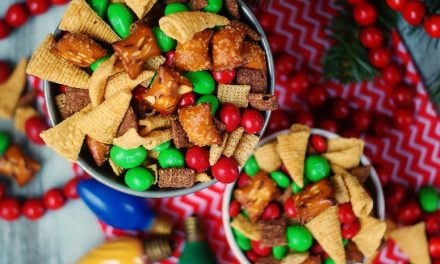 Peanut Butter & Chocolate Christmas Snack Mix