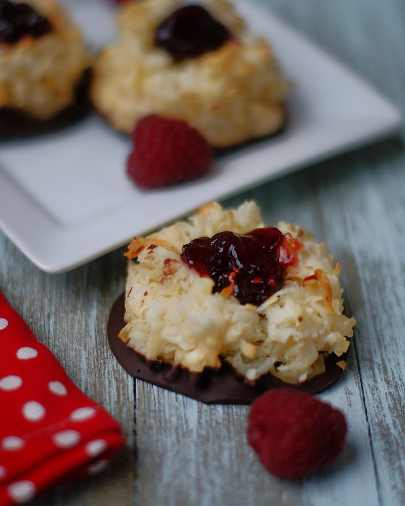 Easy Thumbprint Coconut Macaroons