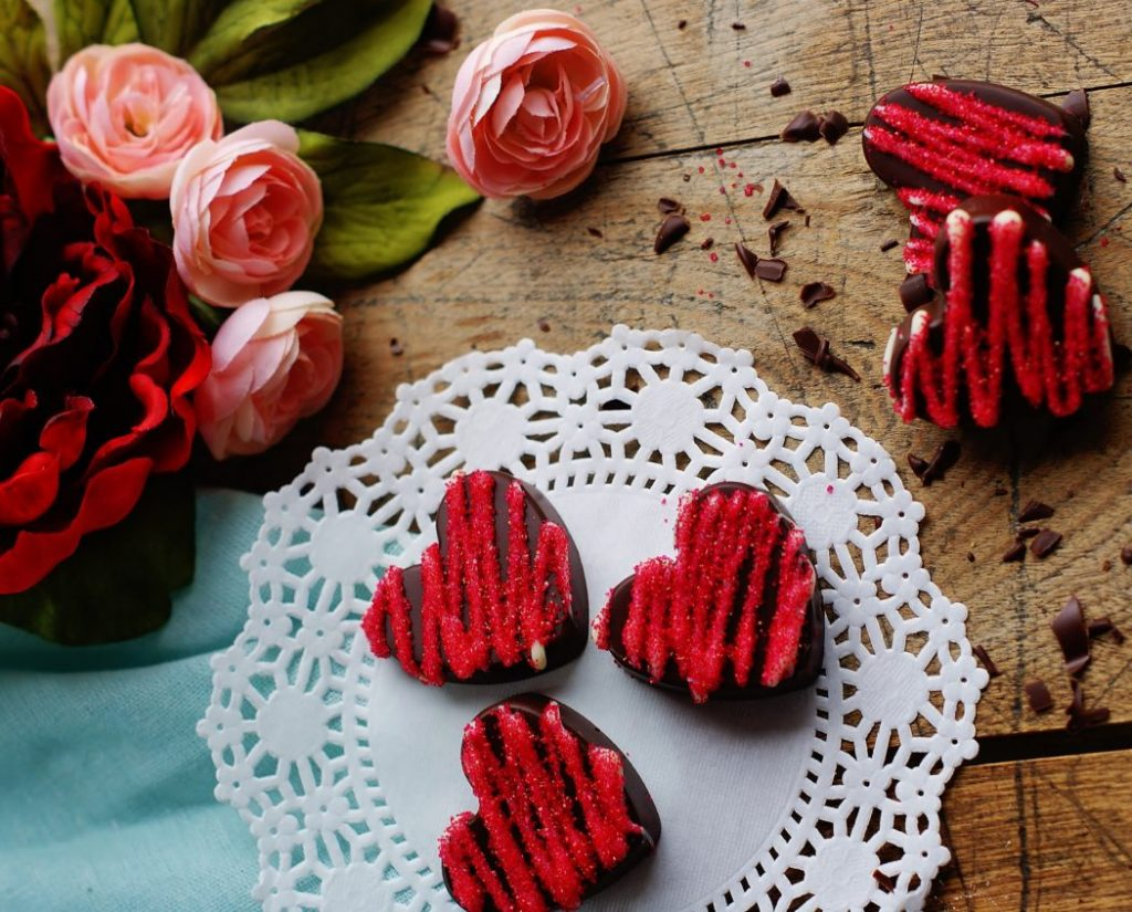 Monday Coffee Break 20: Recipes/ How to Make Spicy Chocolate Hearts in 3 Easy Steps