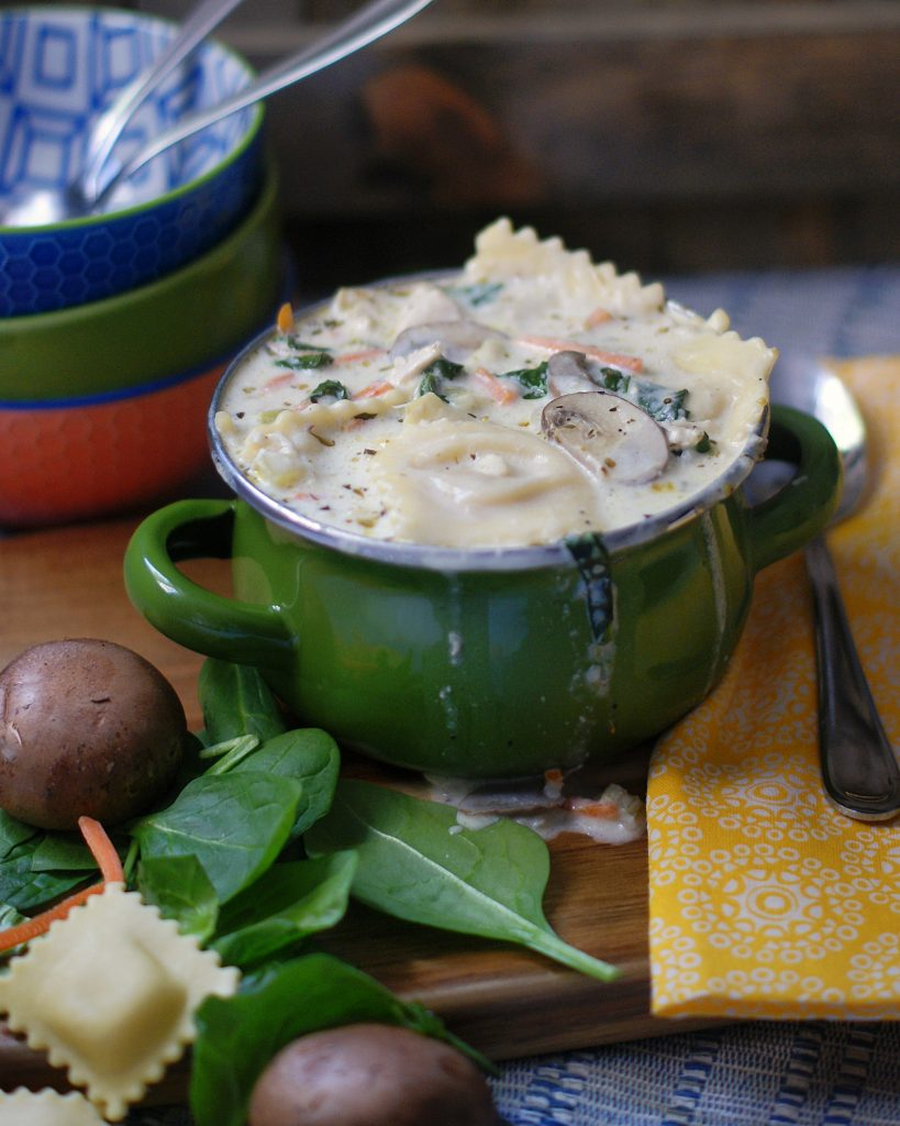 Creamy Chicken & Ravioli Soup with Mushrooms and Spinach