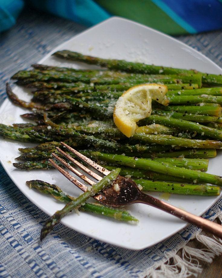 Skillet Roasted Lemon Asparagus
