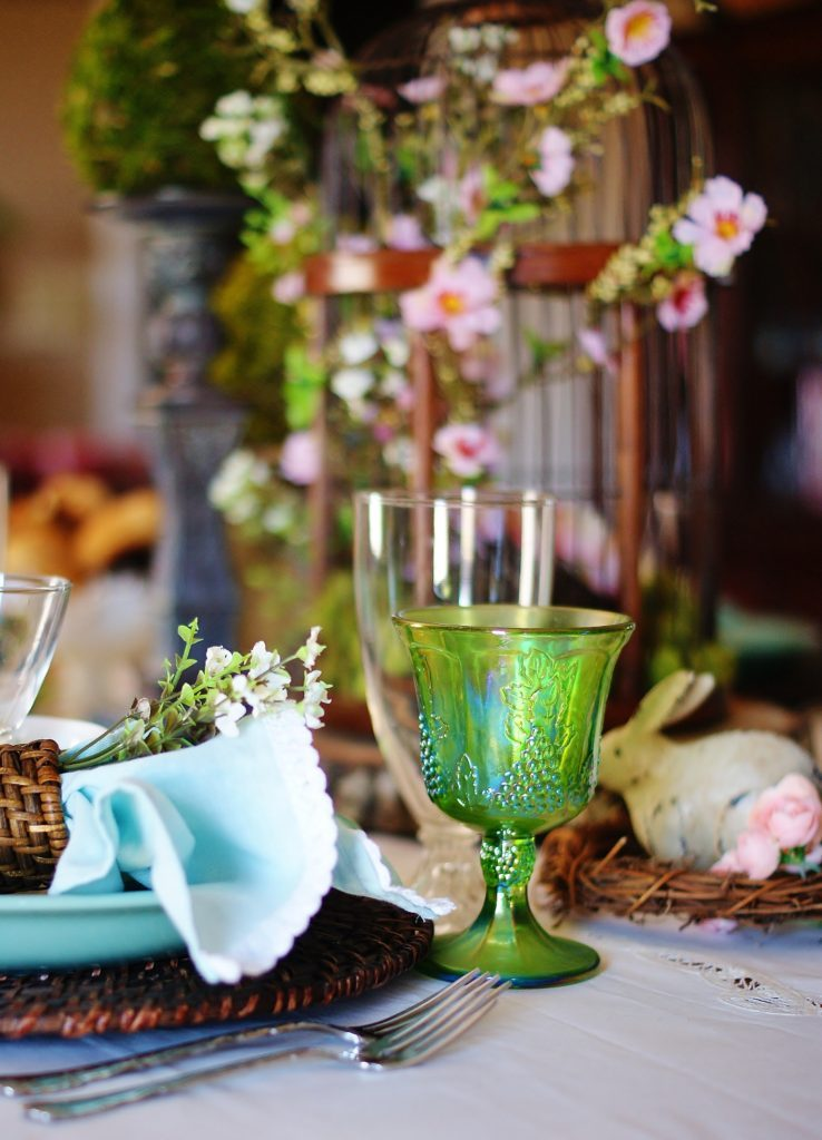 Inspiration for a woodland Easter table.