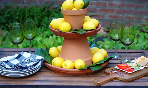 Easy Lemon Centerpiece in 5 Simple Steps