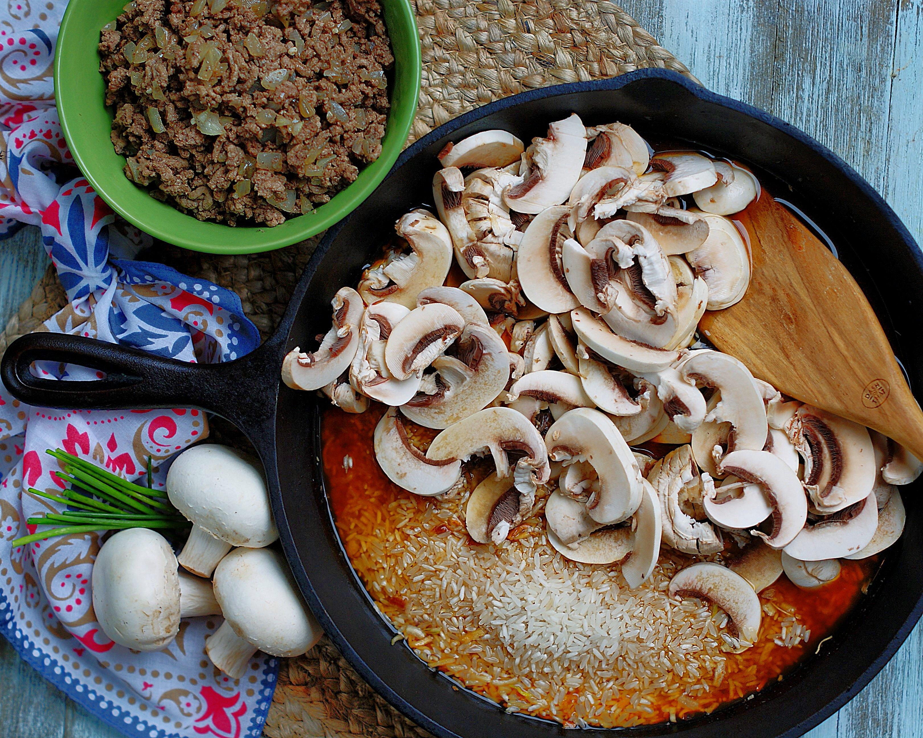 Beef & Mushroom Rice Ingredients