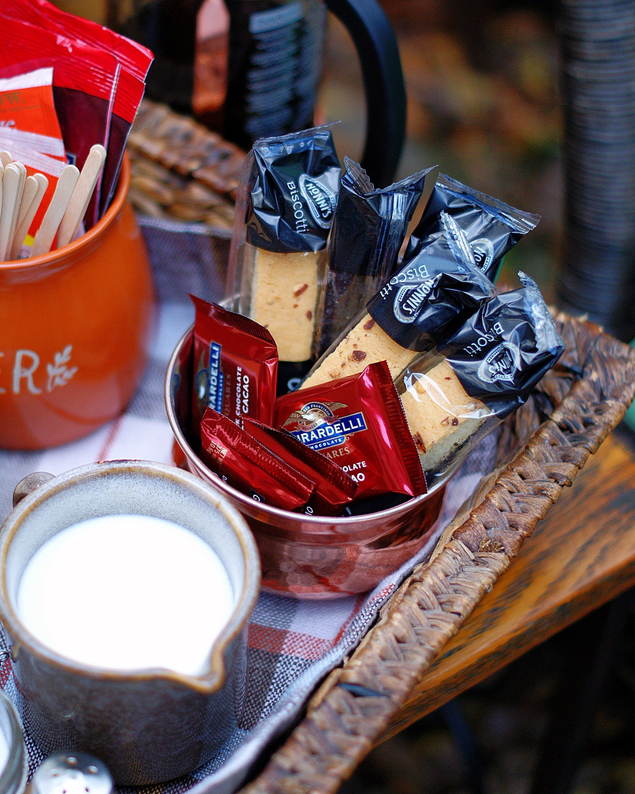 Coffee Station Chocolate & Biscotti