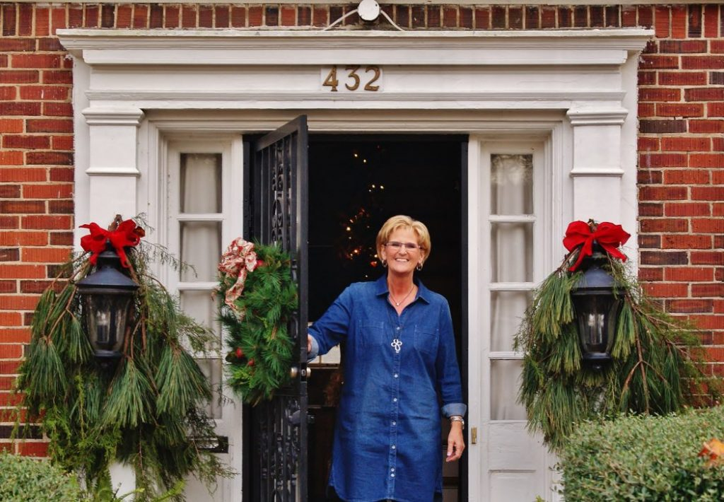 Ms. Debbie's Holiday Home Tour