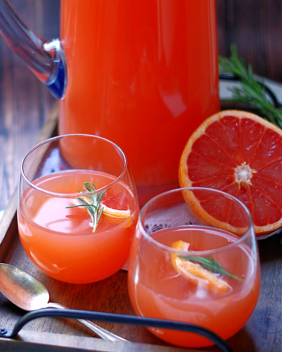 2 cups of Ruby Grapefruit punch.