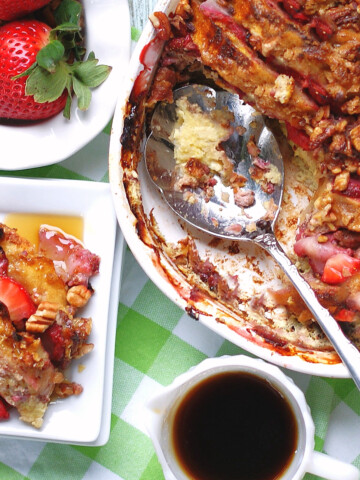 Easy Overnight Strawberry French Toast Casserole