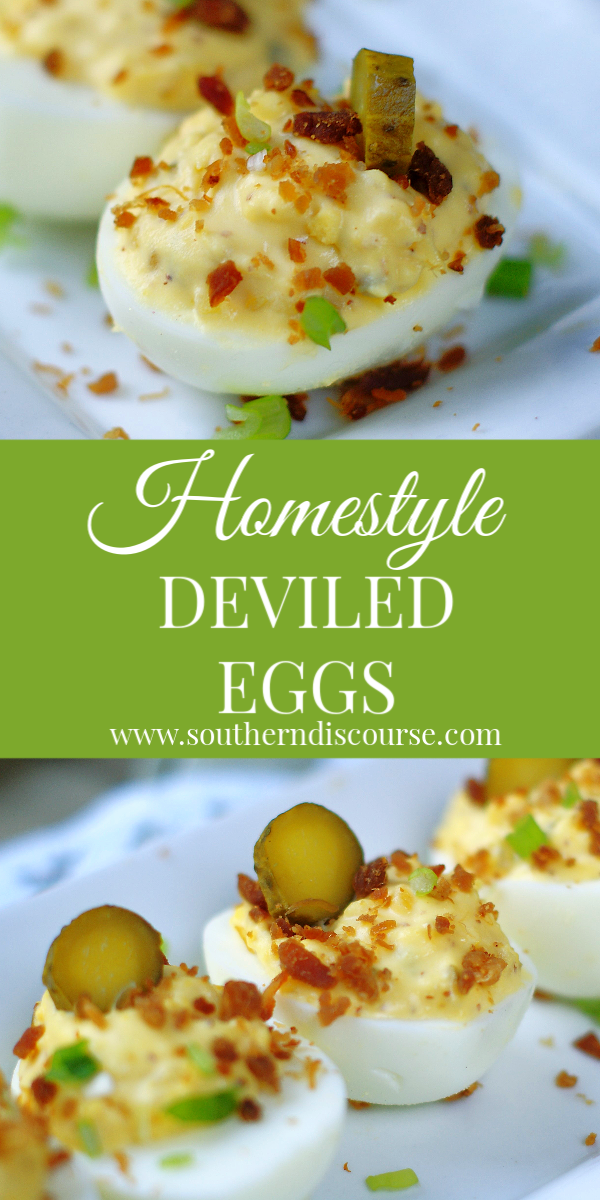 Deviled Eggs with Pickles & Bacon #deviledeggsrecipe #cookoutrecipes #appetizerrecipes #potluckrecipes