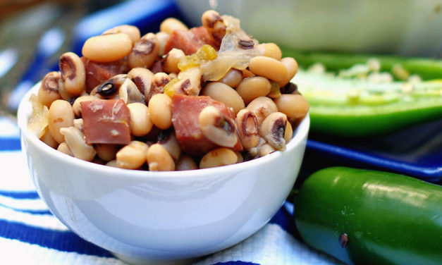 Southern Slow Cooker Black Eyed Peas & Ham