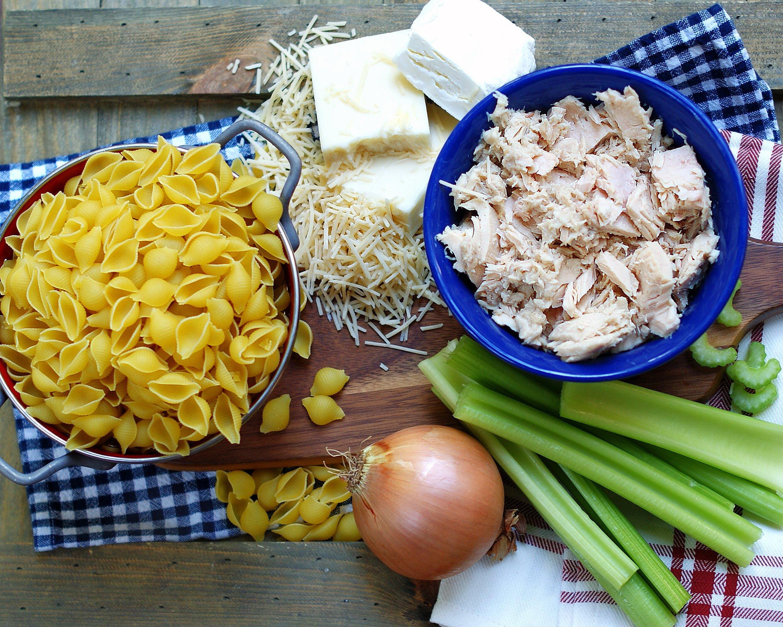 Cheesy & Creamy Tuna Casserole