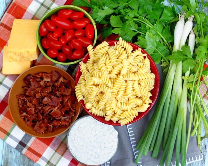 Bacon Tomato Pasta Salad Ingredients