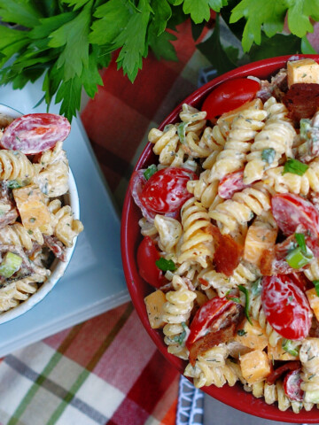 Bacon Tomato Pasta Salad Title