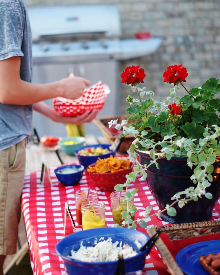 10 Tips for Summer Entertaining