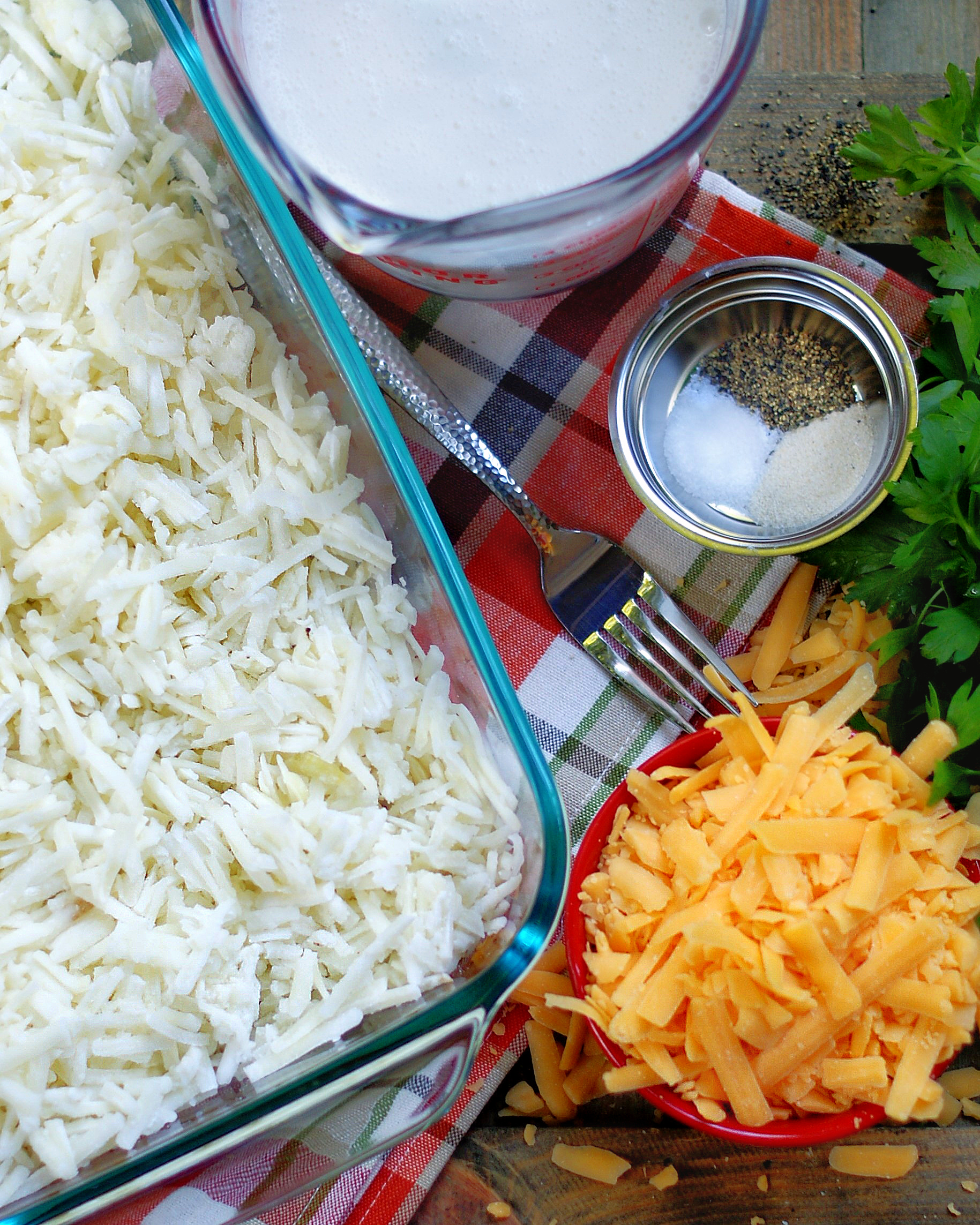 Cheesy Hashbrown Casserole ingredients with no canned soup included