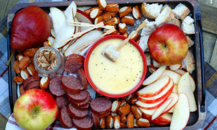 Fall Apple Cider Cheese Fondue