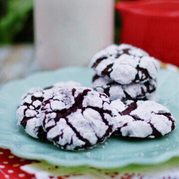 Fudgy Chocolate Crinkle Cookies on a plate