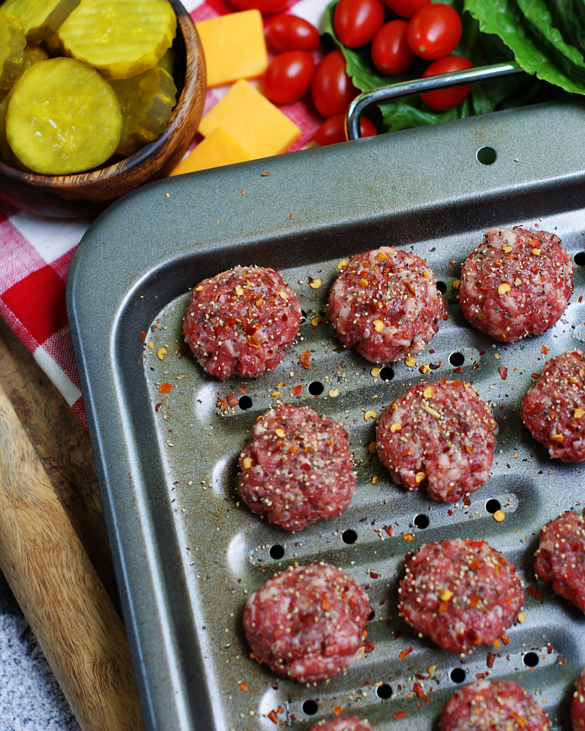 how to make the meatballs for cheeseburger skewers