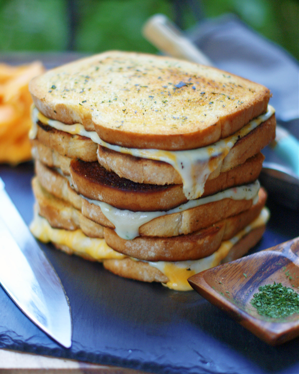 How to Make grilled Cheese Croutons